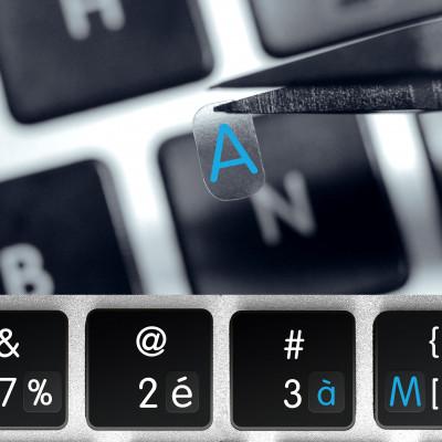 Francouzské transparentní mini přelepky na tmavou klávesnici